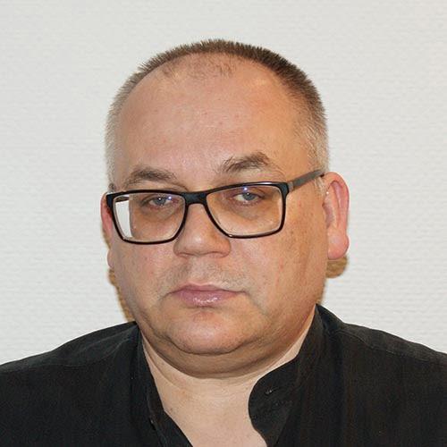 Dr Rafał Kierzynka