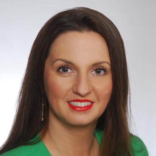 Dr Edyta Pindel
