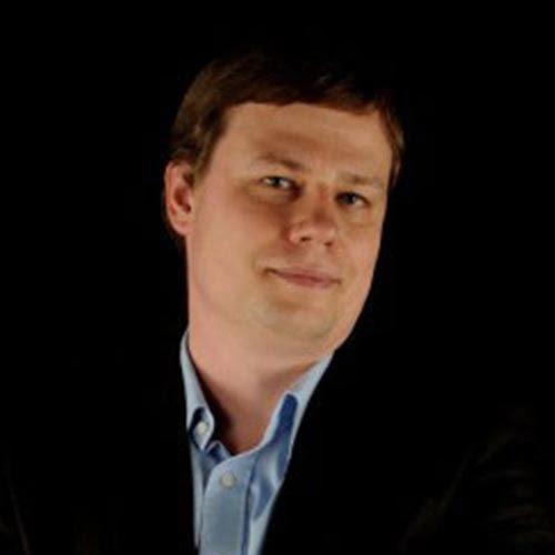 Dr hab. Cezary Kościelniak, prof.UAM