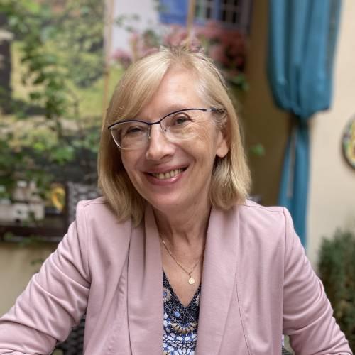 Dr hab. Barbara Kiereś